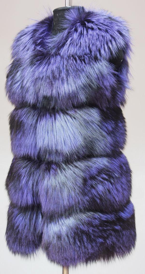 Жилет из меха лисицы на заказ