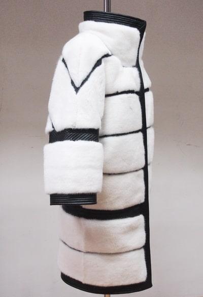 Шуба из белой норки с черной кожей в Минске