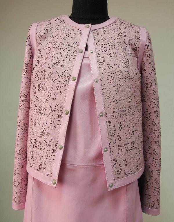 Куртка и юбка из кожи фото