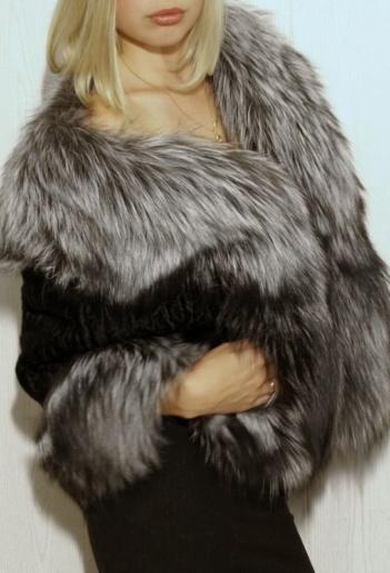 Болеро из каракульчи и черно-бурой лисицы фото