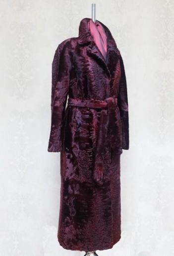 """Пальто из каракульчи """"бордо"""" фото"""