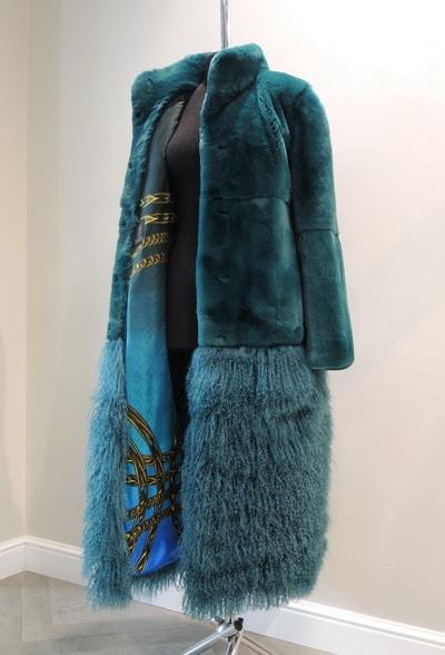 Заказать пальто из меха кролика и ламы