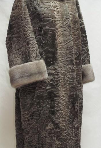 Каракулевая шуба с мехом норки фото
